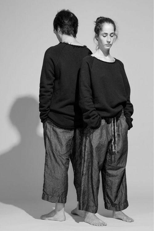 Raglan Sweatshirt Unisex Black by Album di Famiglia