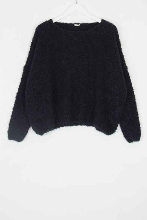 Soft Woolen Boucle Pullover Black by ApuntoB-S