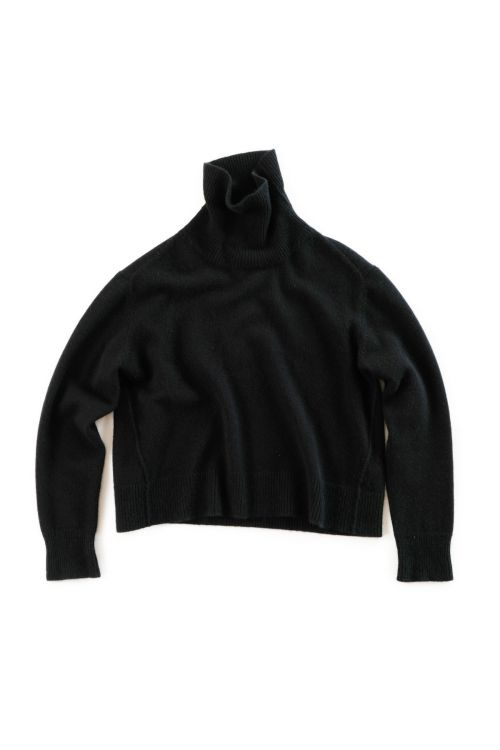 Cashmere Turtleneck Sweater Layla Black by Manuelle Guibal