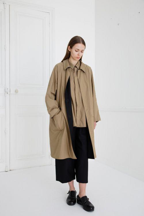 Reversible Coat Charlie Khaki Beige/Black by Ecole de Curiosites