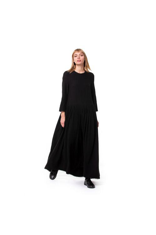 Long Cotton Dress with Lace Details by ApuntoB