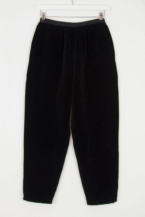 Velvet Trousers Simple Fost Black by Manuelle Guibal