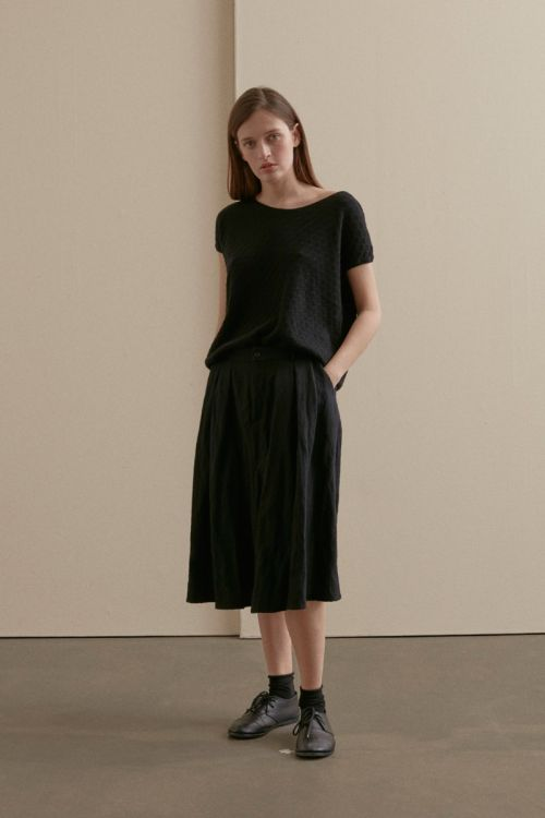 Woolen Skirt with Pleated Details by Apuntob-XS
