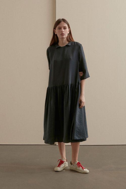 Round Collar Dress Green Black by Apuntob-XS