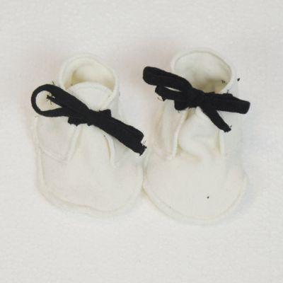 Soft Jersey Baby Booties Milk by Album di Famiglia