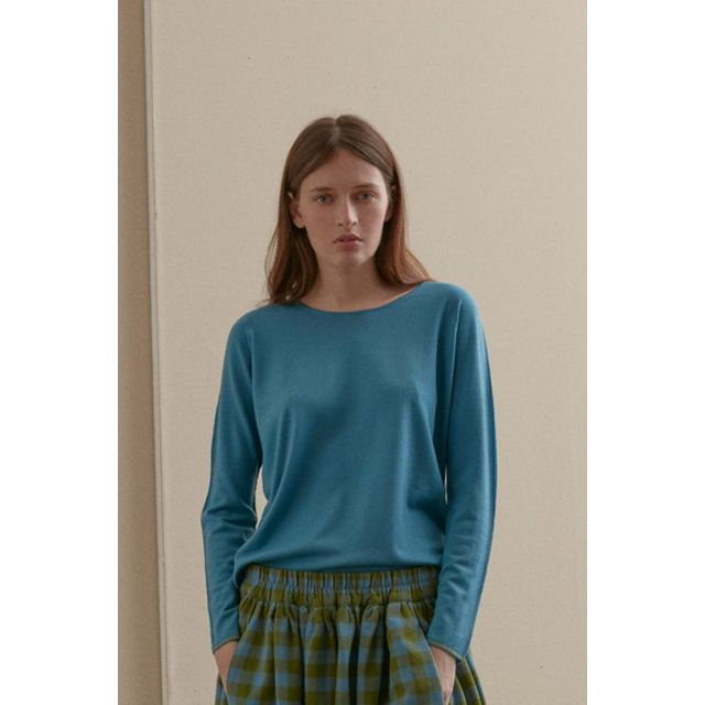 Wool Top Blue with Light Green Details by ApuntoB