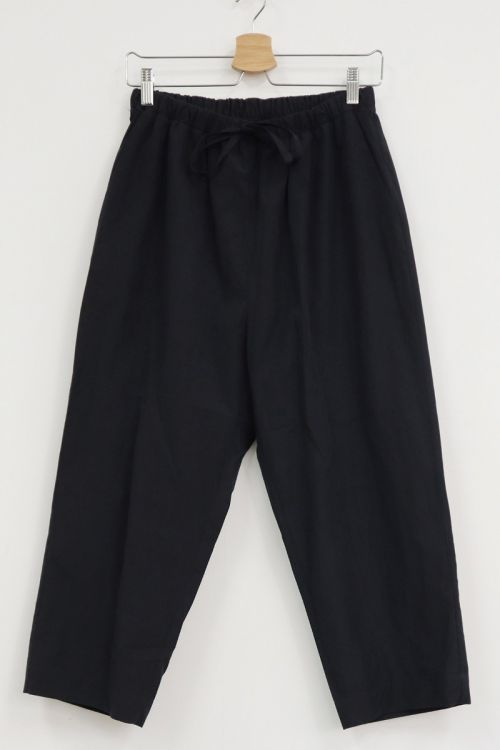 Cropped Relax Trousers Black Navy by Toujours-TU