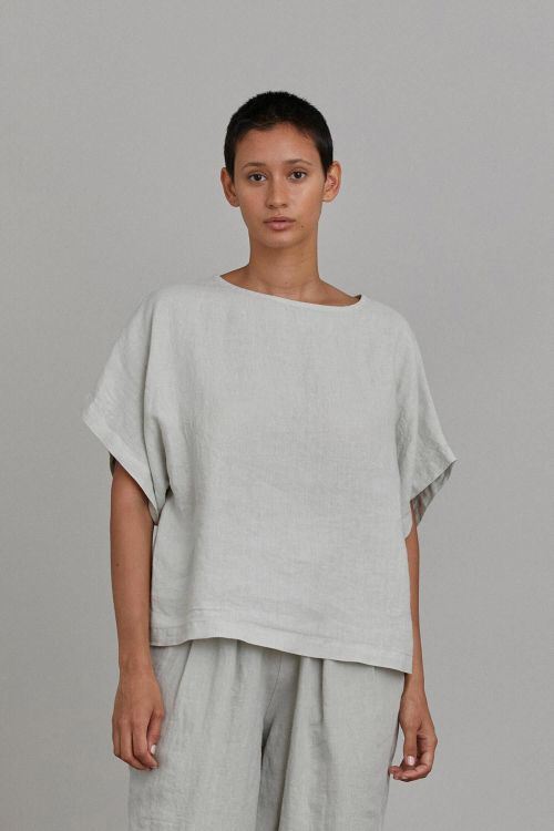 Box Top Linen Sky by Black Crane-XS