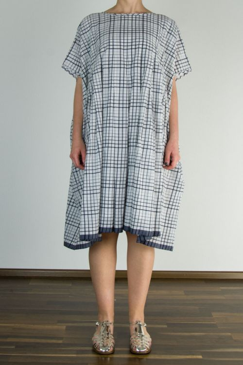 Dress Natural/Navy Check by Maison de Soil