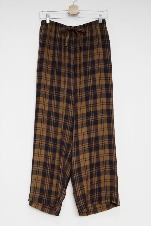 Relaxed Crinkled Pants Brown Navy Check by Toujours-S